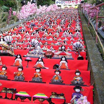 遠見岬神社のひな壇