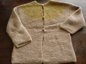 とじ、接ぎのないセーター