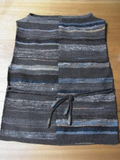 手紡ぎ、手織り(ウール)