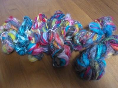 個性豊かな手紡ぎ糸たちです