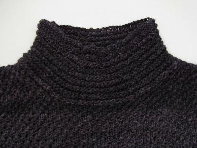 ガーター編みの襟ぐり